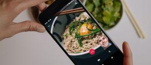WhatsApp video call during an online dinner date